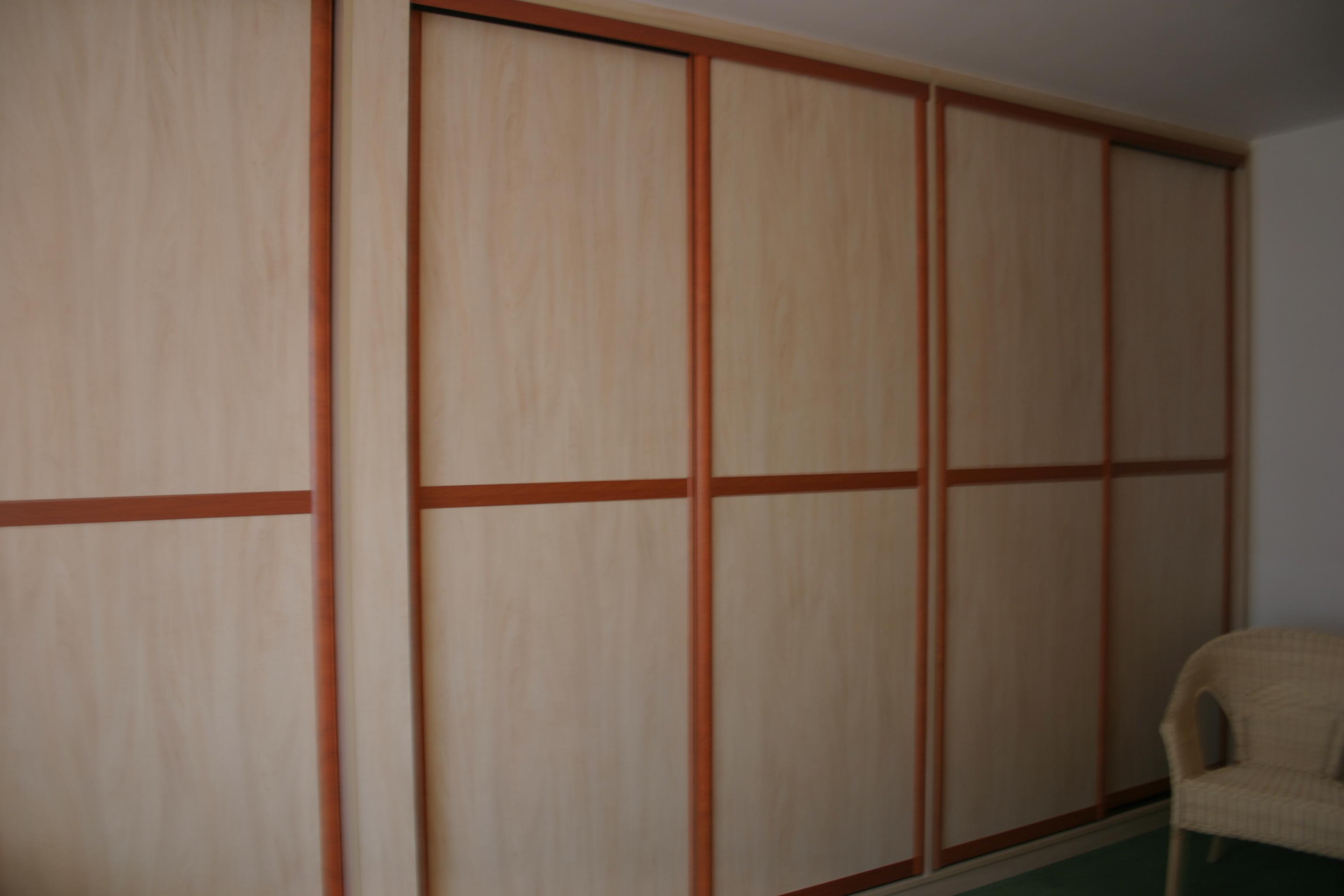 Des placards sur mesure embellissent nos chambres for Placard chambre sur mesure