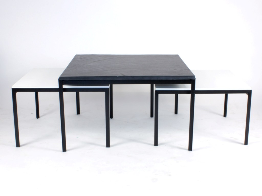 Tables basses ovales maison design for 2 tables basses gigognes
