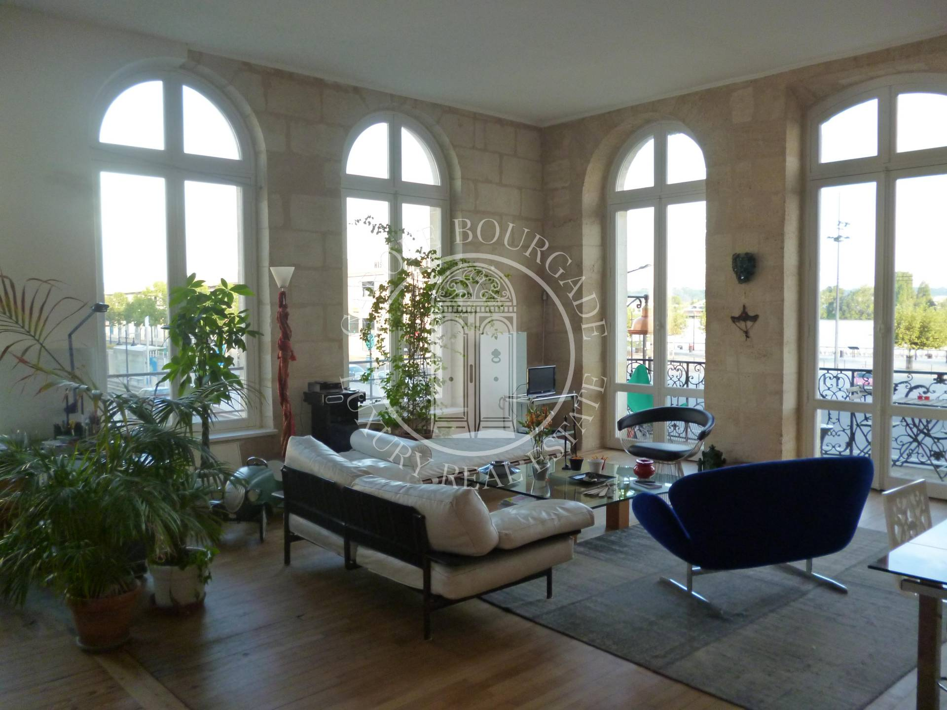 Location appartement bordeaux une ville que je ne for Location appartement bordeaux oralia